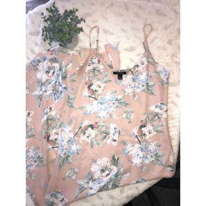 🌸Spaghetti strap floral maxi dress